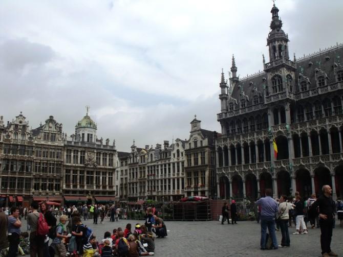Yanlış tren ile Rotterdam'dan Brüksel'e